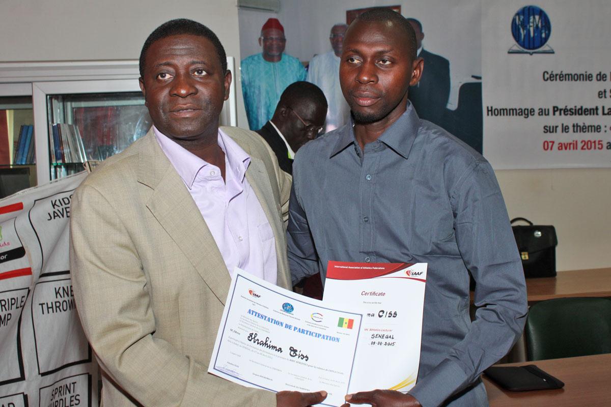 Remise des certificats de formation