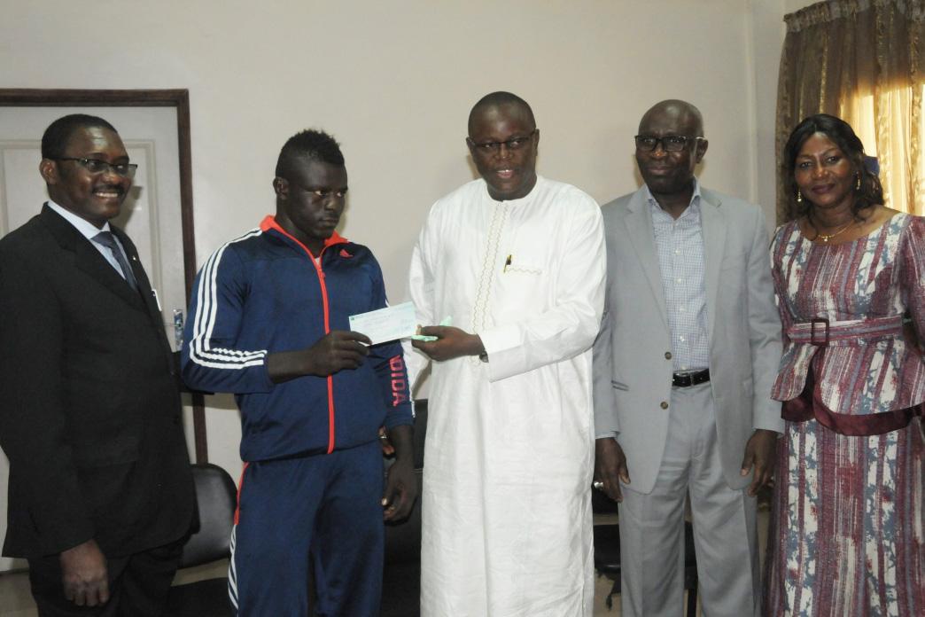 Cérémonie de remise du prix du lauréat du Sénégal aux Jeux de la Francophonie